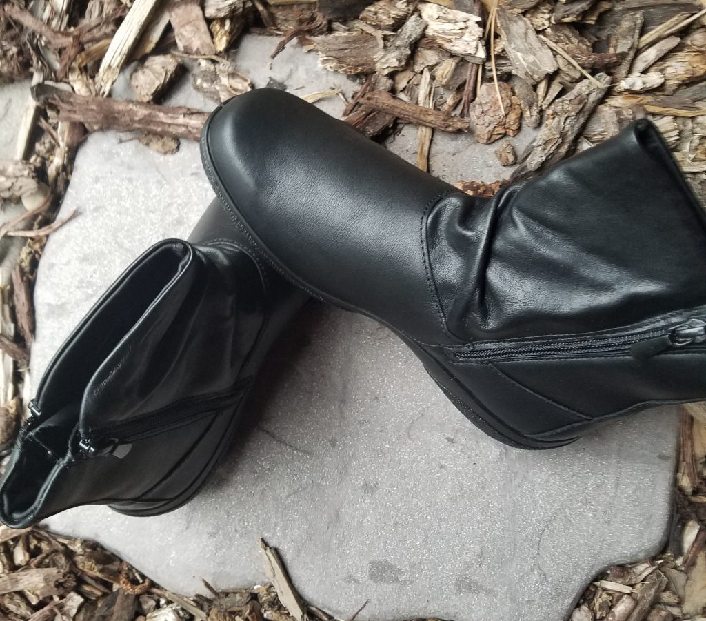 Hotter Whisper Boots Help Welcome Fall: Review